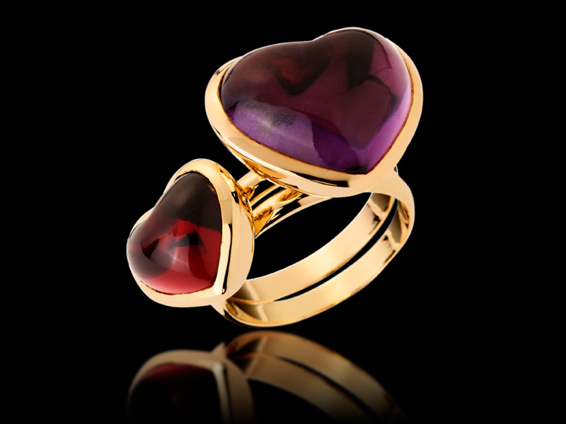 Duo of rings in 18K Gold and color stones cabochon